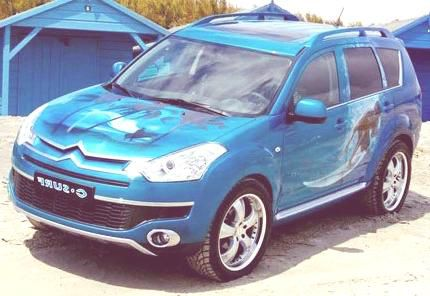 Citroen C-Crosser C-Surf.