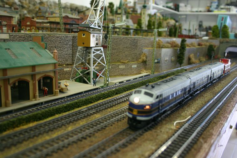 Model scale trains