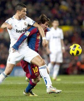Ronaldo sigue humillando a Messi