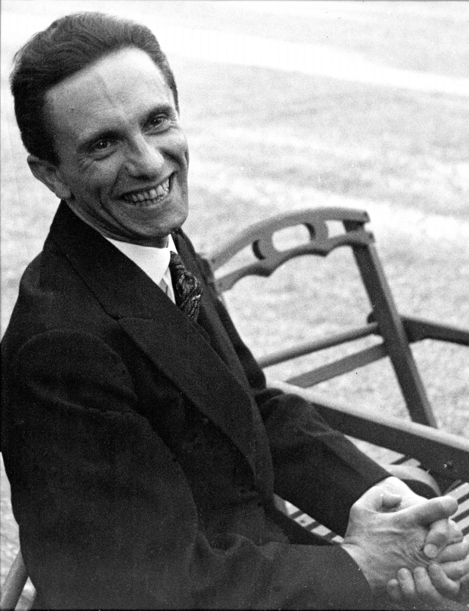 https://ugc.kn3.net/i/origin/https://www.biography.com/.image/t_share/MTE5NTU2MzE2MjMyMDU4Mzc5/joseph-goebbels-9313998-1-raw.jpg